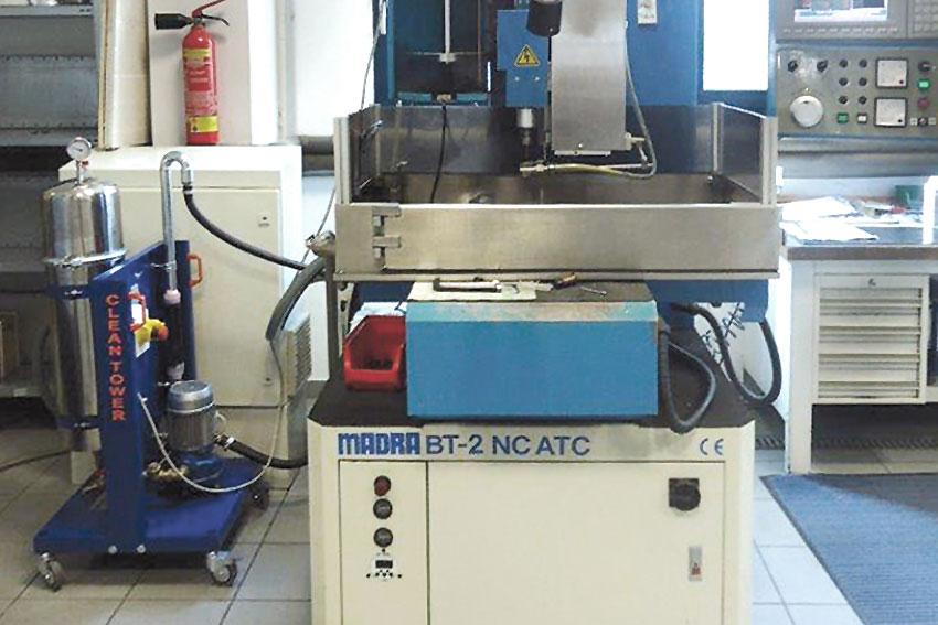 Diedron F2, Aufnahme bei Filtration Erodiermaschine