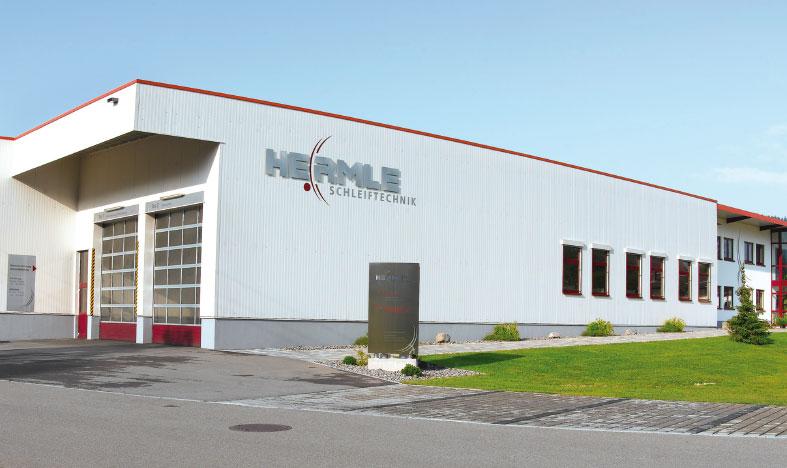 Graushaar GmbH | Bild Firmengebäude Referenzkunde Hermle
