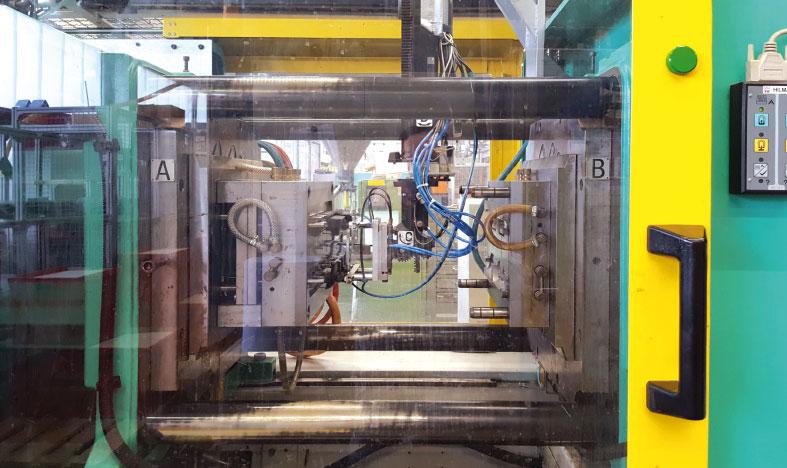 Spritzgusswerkzeug, Aufnahme aus der Produktion